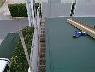船橋市屋根カバー工事、屋根材敷設003