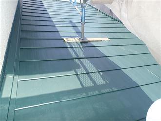 八千代市屋根カバー工事、本体敷設002