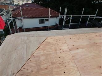 戸塚区、野地板貼り完成