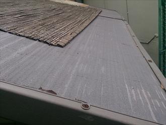 港南区、歪んだ屋根