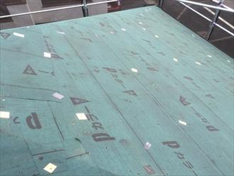 旭区、ガルバ屋根の防水紙