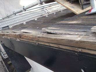 ケラバ瓦の下地木材の傷み具合