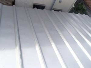 タフルーフを使った屋根カバー工法