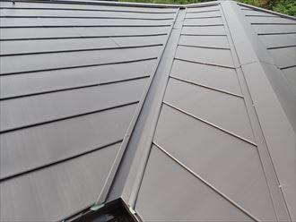 屋根カバー,谷,板金,ガルバリウム鋼板