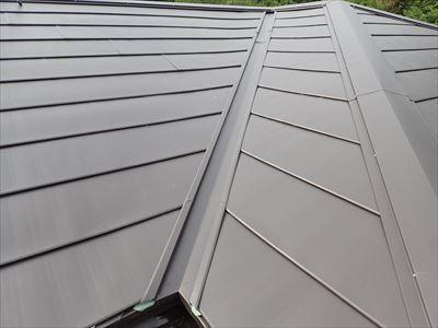 富津市,屋根カバー,ガルバリウム鋼板,横暖ルーフきわみ,Kブラウン