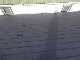屋根,スレート,多数,割れ