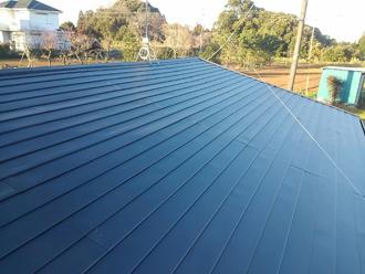 ガルバリウム鋼板で屋根葺き替え