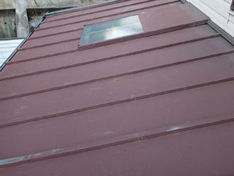 墨田区 屋根塗装前の屋根 屋根が色褪せしている