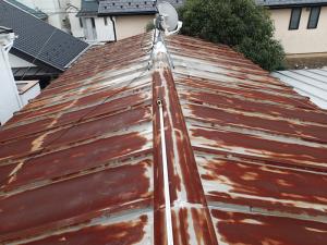 錆が酷い屋根の葺き替え工事