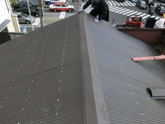 江東区 ガルバリウム鋼板の屋根に葺き替え