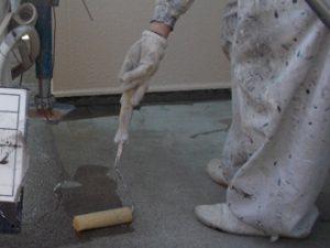 防水工事 下塗り