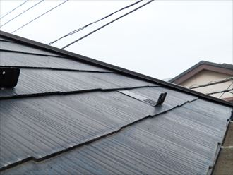 スレート屋根,棟板金