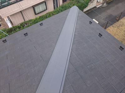 横浜市神奈川区の棟板金交換工事|屋根が浮いていると指摘があった、施工後写真