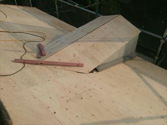野地板増し張り施工