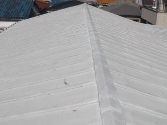 川崎市中原区 屋根葺き替え工事前は塗膜が劣化したり錆が出ている