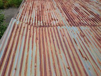 屋根材剥がれ