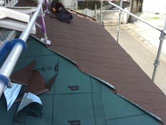 川崎市宮前区 スレート屋根のカバー工法 屋根材設置