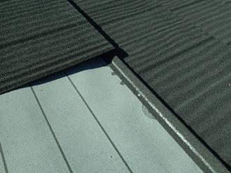 川崎市川崎区 屋根材エコグラーニで屋根カバー工法