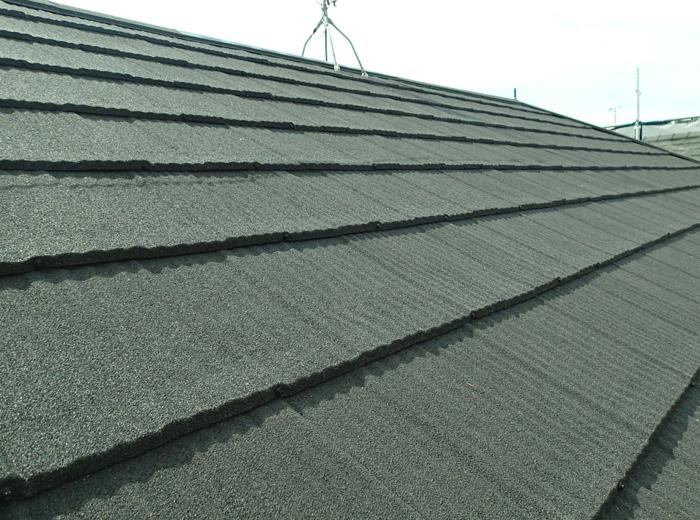 川崎市川崎区 エコグラーニを使った屋根カバー工法完了