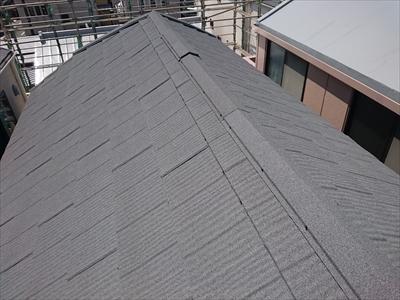 横浜市港北区で要らないトップライトを撤去してエコグラーニで屋根カバー工事、施工後写真