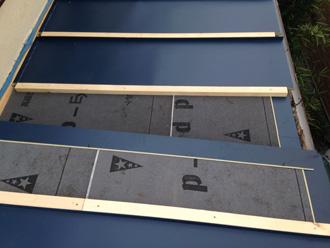横浜市神奈川区 瓦棒屋根の葺き替え工事