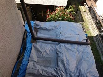 横浜市港北区で箱樋(はこどい)に屋根をカバーして雨漏りを無くします、施工前写真