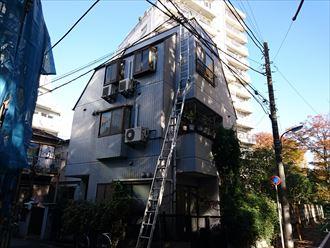 築17年3階建ての住宅