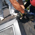 横浜市中区で棟板金の浮きが発生したのでガルバリウム鋼板の棟板金に交換