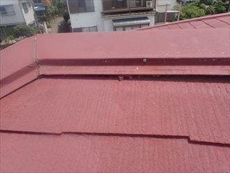 袖ケ浦市で台風で被害を受けやすい棟板金をシーズン前に交換、施工前写真