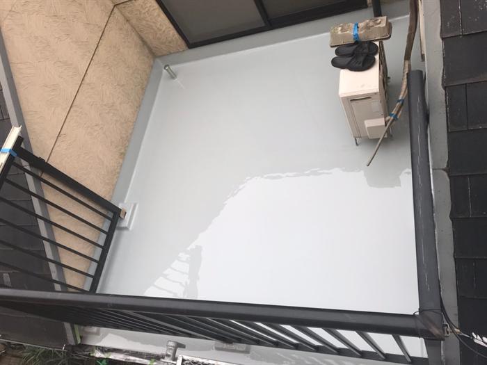通気緩衝工法によるウレタン塗膜防水工事完了