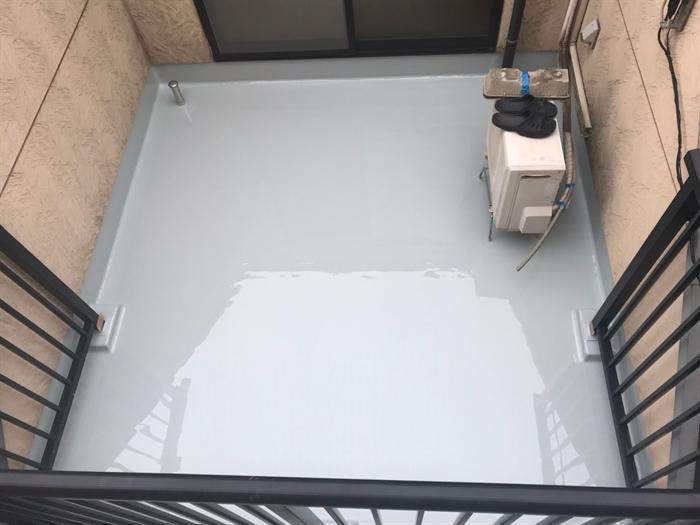 通気緩衝工法によるウレタン塗膜防水