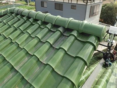 袖ケ浦市で台風により漆喰の剥がれと瓦のずれが発生、火災保険を利用し棟の取り直し工事で改善、施工後写真