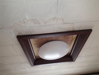 室内の雨漏り被害