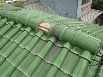 袖ケ浦市で台風により漆喰の剥がれと瓦のずれが発生、火災保険を利用し棟の取り直し工事で改善、施工前写真