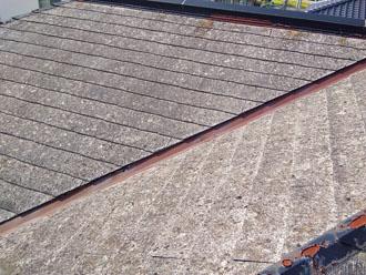 スレート屋根の部分的な葺き替えを行う前