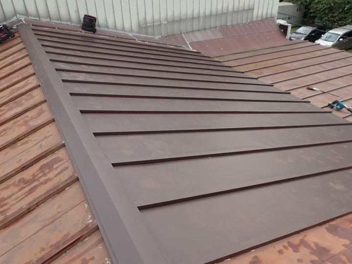 瓦棒屋根の部分的葺き替え、竣工