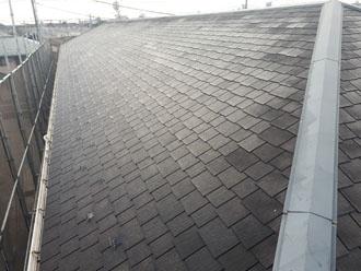 切妻屋根の両面とも綺麗になりました