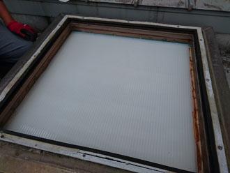 天窓のガラス面