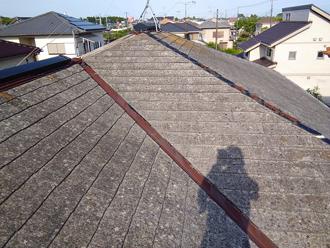茂原市茂原でスレート屋根を部分的に葺き替えて雨漏り解消、雨染みができた天井も新しいものへ、施工前写真