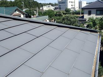 屋根は横暖ルーフ