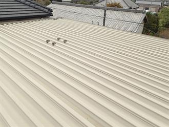 横芝光町屋形で折板屋根調査