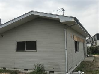 軒先と破風板の劣化確認