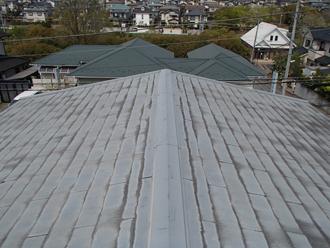 屋根カバー工事前の化粧スレート