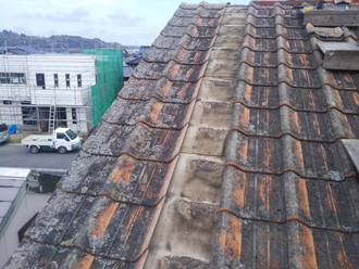 セメント瓦の解体と撤去