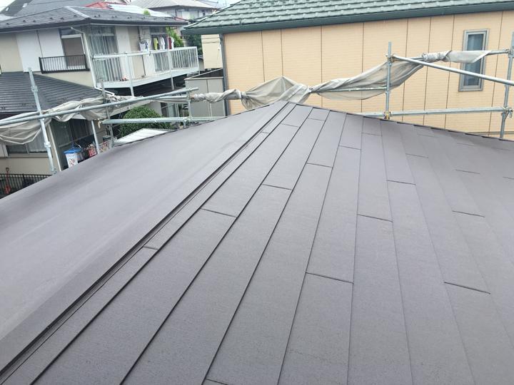 スーパーガルテクトを使った屋根カバー工事、竣工