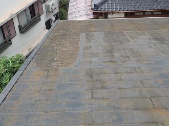 塗膜の剥がれたスレート屋根