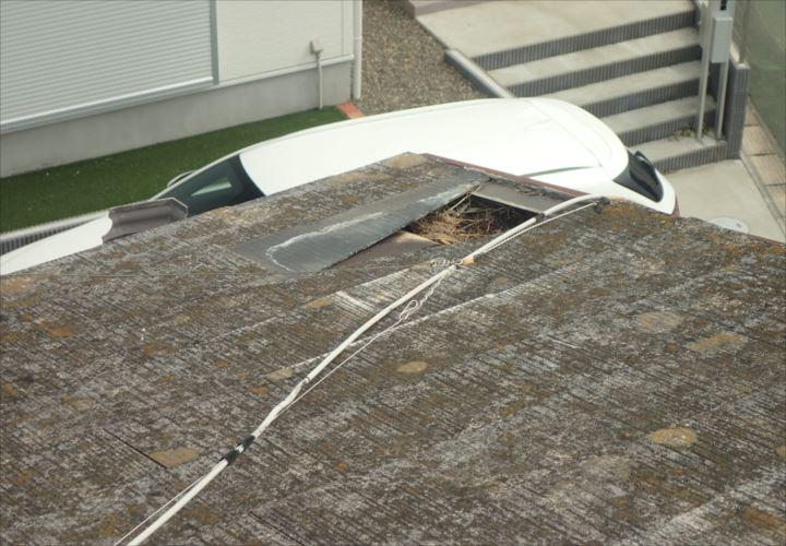 木更津市清川 化粧スレートの剥がれと屋根下地の損傷