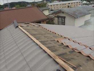 木更津市八幡台 台風被害による屋根材の飛散