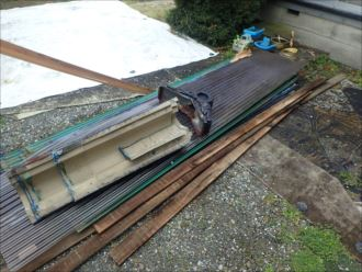 木更津市 剥がした屋根材
