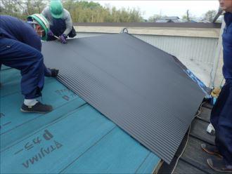 木更津市 屋根材の固定
